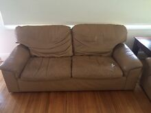 Leather 2.5 seat couch and 2 single chairs Sandringham Bayside Area Preview