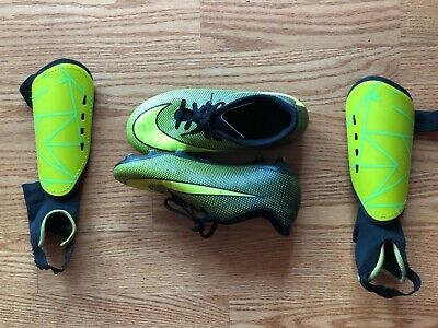 d7e24f843 Boys Nike Soccer Cleats and Shin Guards Yellow SIZE US 4.5