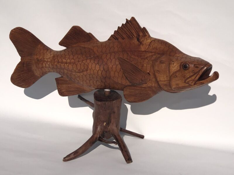 SNOOK ON DRIFTWOOD BASE HAND CARVED WOOD ART HOME DECOR FISH TIKI BAR SALTWATER