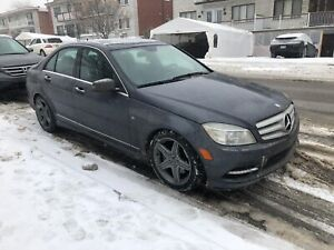 2011 Mercedes benz C350 Full Option