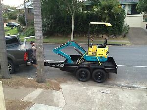 Excavator hire with box trailer $159 per day Jindalee Brisbane South West Preview