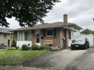 6313 Charnwood Ave, Nice Bungalow available!