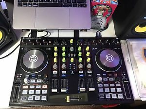 Traktor S4 MK2, DJ Techtools Midi Twister, Laptop Stand and more