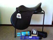 All purpose Saddle - Bates Caprilli 17.5 inch Albany 6330 Albany Area Preview
