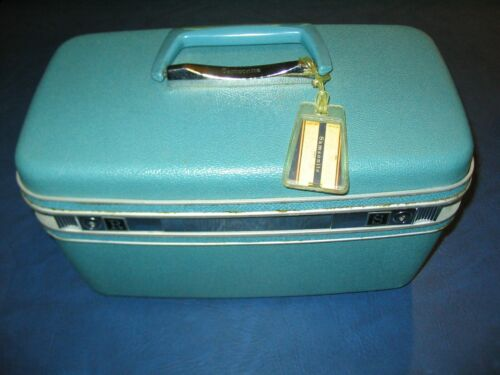 Samsonite Vintage Aqua Train Case