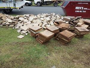 Free 400x400 & 200x200 pavers Beenleigh Logan Area Preview
