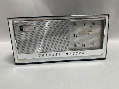 Vintage Channel Master 8 Super Fringe Transistor Radio Model 6515B (A5)