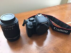 Canon EOS Rebel T5 *Like New  (2014)