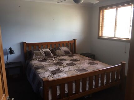 Large double room for rent , female , mcgraths hill