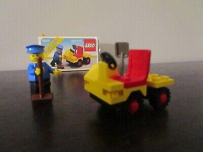 Vintage (1982) LEGO Town Maintenance set 6607 Service Truck - VERY RARE