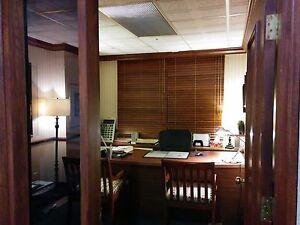 Espace de bureau à louer à Laval