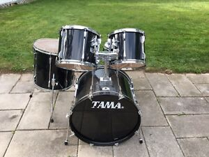 Tama Rockstar 5 Piece Drumset with Bass Drum pedal