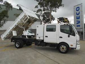 ** 2014 HINO 300-917 CREW CAB TIPPER ** Arndell Park Blacktown Area Preview