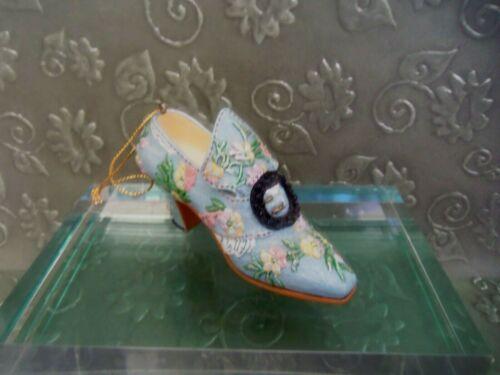 Metropolitan Museum Tapestry Shoe Ornament
