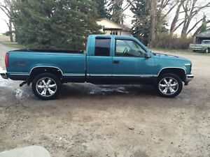 97 gmc z71 write off for parts or sell as a whole