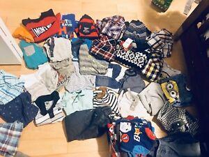 Lot de vêtements 2T et 3 T