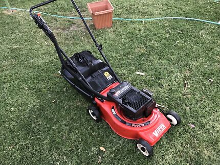 Victa 2 stroke lawnmower