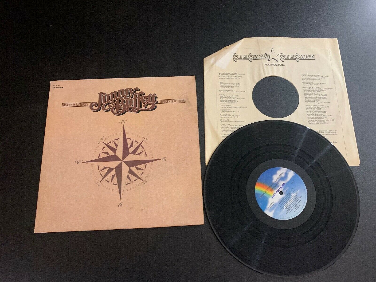 LP RECORD - JIMMY BUFFETT - CHANGES IN LATITUDES CHANGES IN ATITUDES MCA 37150 - $9.99