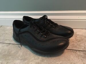 BRAND NEW Size 12 Orthopaedic Clarks Wave Walk Leather Shows