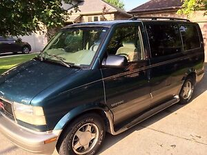 2002 GMC Safari SLT AS IS