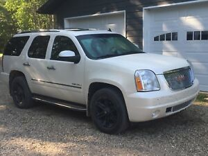 2011 Yukon Denali for sale