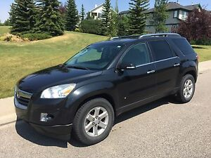 2009 Saturn Outlook XR SUV, AWD, 8 Passenger, Fully Loaded