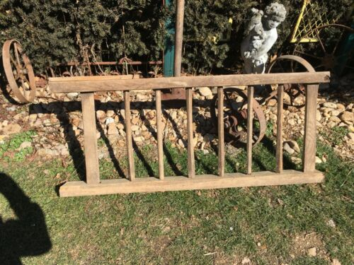 Antique OAK WOOD  Spindle BARN STALL  Rail Architectural Salvage 52in Long Sec