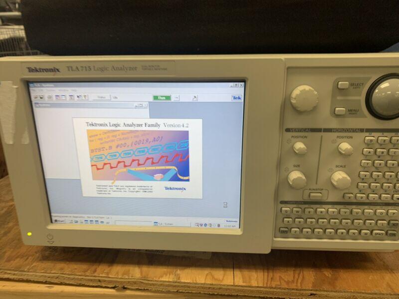 Tektronix TLA715 Logic Analyzer Mainframe w/ TLA7AA4 Module & (4) P6860 Cables