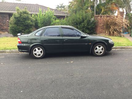 Holden Vectra 1999 2.2 CD JSII with ABS and Airbags
