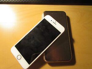 IPHONE 8 ROSE GOLD 64 GB W/ ACCESSORIES