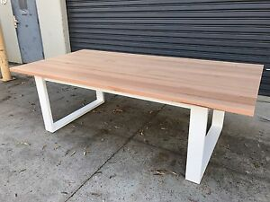 Australian Made Solid Tassie Oak Hardwood Timber Mosman Dining Table Minto Campbelltown Area Preview