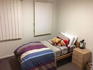 Room for rent Hoppers Crossing Wyndham Area Preview