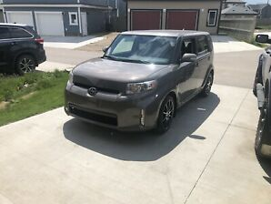 Toyota-Scion XB 2015 , only 34,800 km !!!