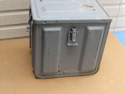Army Ammunition Box Metal Ammo Compound box  GOOD CONDITION Minor rust