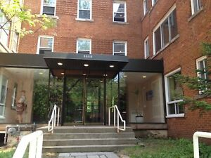 2 bedrooms,41/2,chambres,Cote des Neiges,adj,Westmount,Downtown