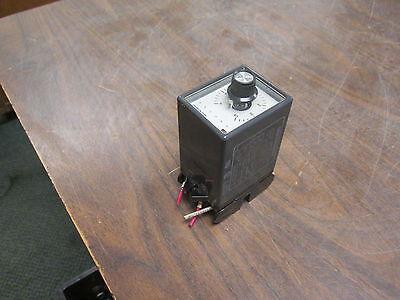 Omron Timer Stp-mnd-ac-ua 120v 60hz Range 0-60sec Used