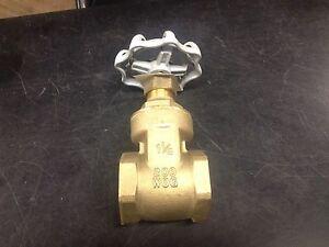 legend nibco 1-1/4 gate valve 104-306 npt 200 wog w.o.g. non rising stem ti8