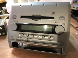 05 Tacoma Factory Radio/CD Player