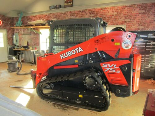 Kubota 75svl- Cab ac/heat,high flow 145 hours- track Loader