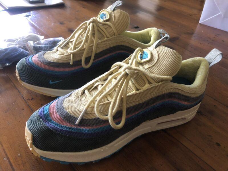 b9a34b37201f06 Nike size 9.5