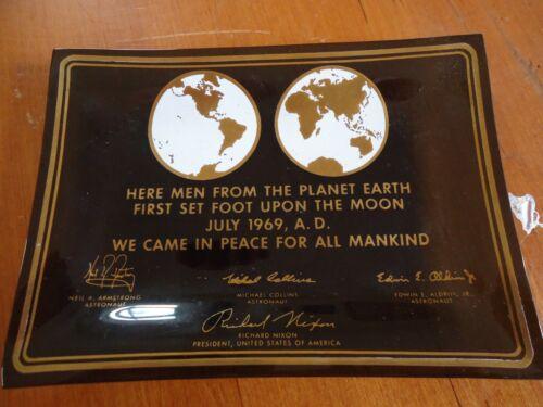 Vintage 1969 Men from Planet earth / Moon / NASA Apollo Richard Nixon / Glass