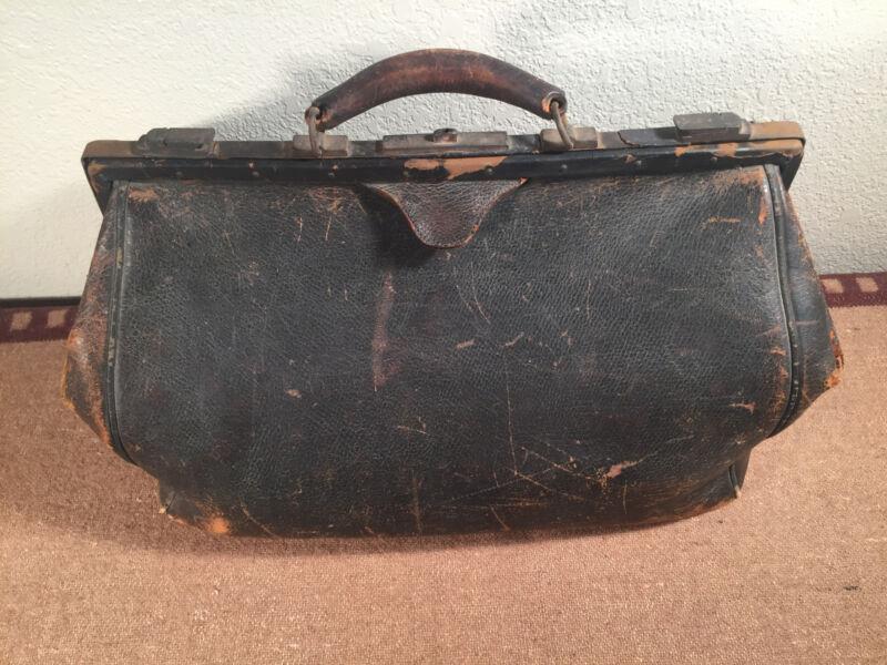 Vintage Antique Large Leather Doctor