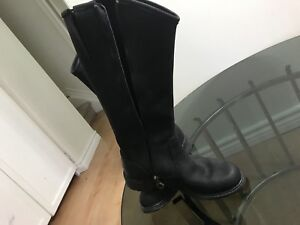 Timberlands leather boots for woman size 7