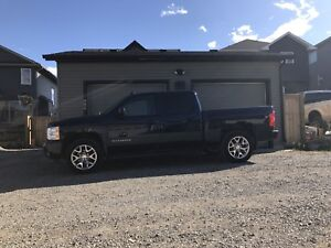 2009 Chev Silverado LTZ with only 123,500 kms