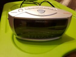 Emerson Research SmartSet Dual Auto Setting AM/FM Radio Alarm Clock # CKS3029