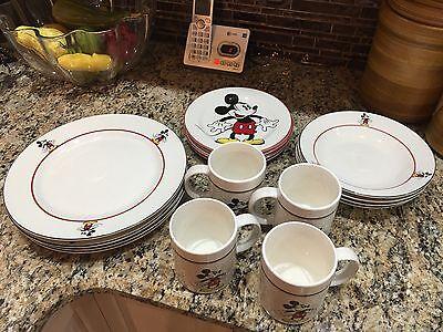 Vintage Disney 16 Piece Mickey & Company Gabbay Mickey Mouse Dish Set