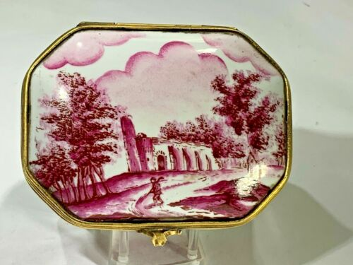 Elegant Hand Painted Italian Pink Villa  Porcelain Hinged Box