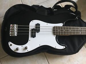 Squier Bass Guitar | Fender Amplifier | Levy's Padded Bag +
