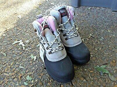 NWT Itasca Womens Tan & Black Thermolite Duck Boots Size 8 Rain, Winter, Hiking