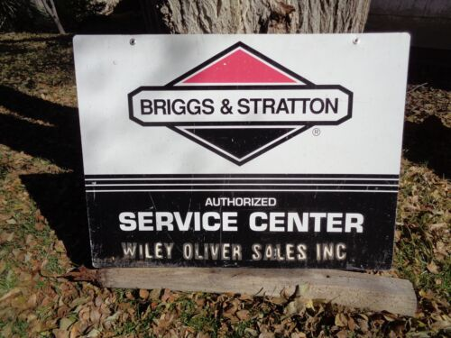 Briggs and Stratton Authorized Service Sign 36 x 27